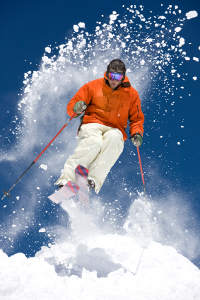 Skifahren im Wellness Cluburlaub Österreich